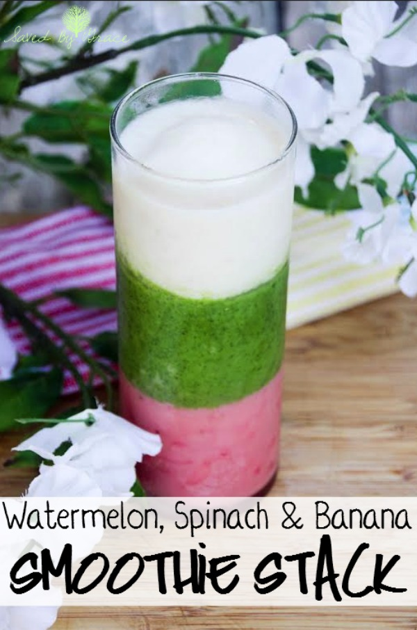 Watermelon, Spinach and Banana Smoothie Stack Recipe- Check out this healthy smoothie stack recipe that will make you want to have one every morning!