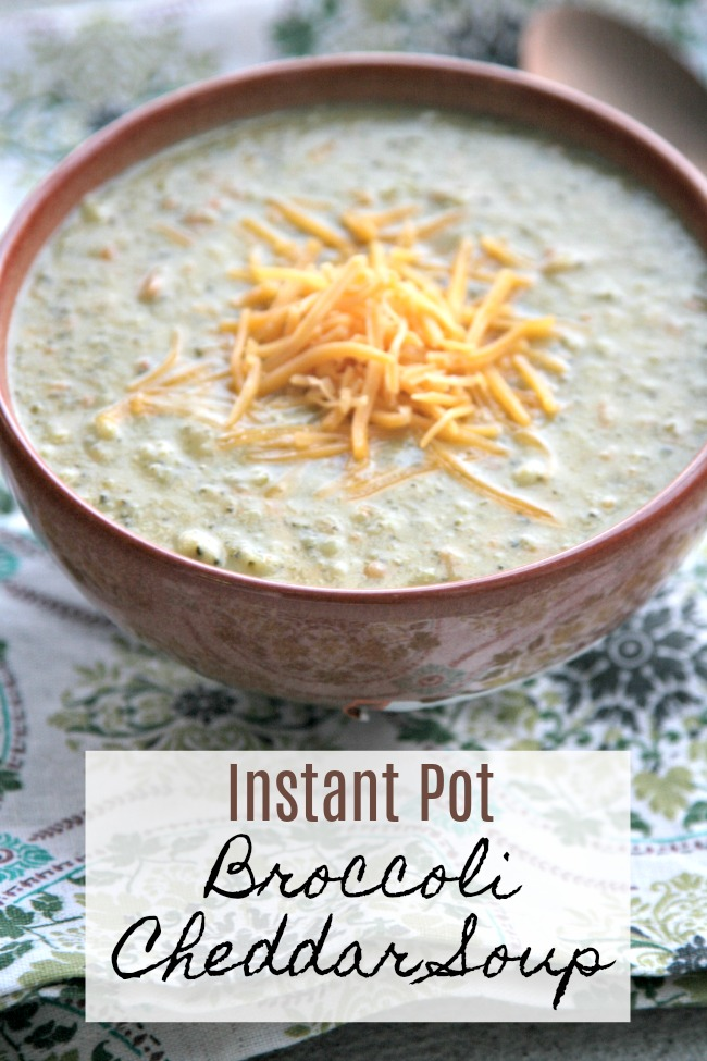 Instant Pot Broccoli Cheddar Soup Recipe- I love a good hearty soup! This easy broccoli cheddar soup recipe can be made from scratch in less than 30 minutes!